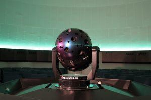 Proyector óptico del Planetario de Madrid.