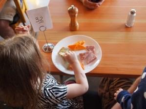 child-eating-habits