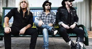 Motörhead reschedule UK tour dates