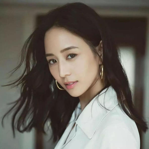 the cover photo of 張鈞甯 Janine Chang 推薦書單