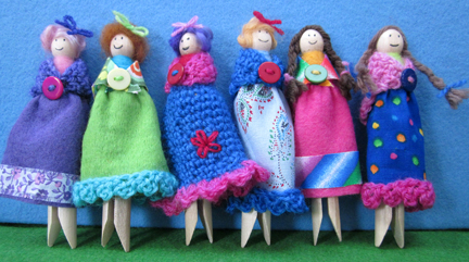 Dolls made from Dolly Pegs