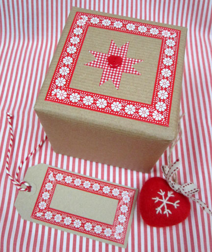 Red and White paper tape/Brown paper wrap - Advent Calender Day 1