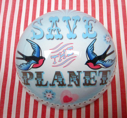 PAperweight - Save the Planet