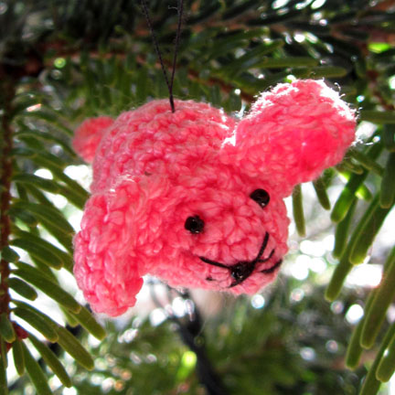 Pink Crochet Mouse Xmas Dec