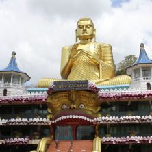 MAHOOSIVE GOLD BUDDHA