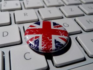 "from flickr - Some rights reserved - ""Union Jack button - grunge"" by ntr23"