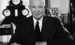 Eisenhower_in_the_Oval_Office