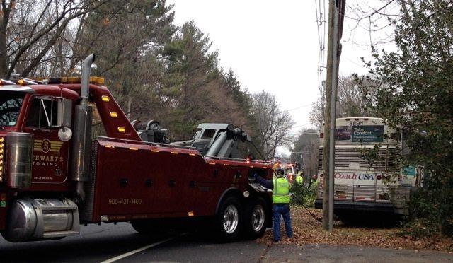 bus crash Princeton tow truck
