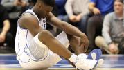 Zion Williamson destroys his shoe