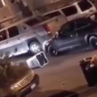 Bats & Cars Involved Everywhere: Crazy Brawl In Elizabeth New jersey!