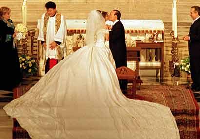 Thalia S Amazing Wedding Dress Glitz Bells