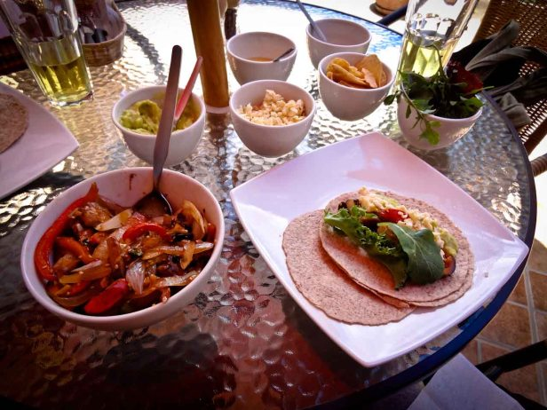 Foods Of The World: Fajitas of La Yerbateria