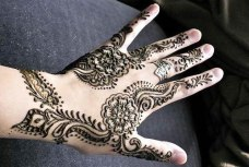 Simple mehendi designs 11