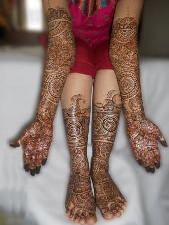 bridal-mehendi-designs-06