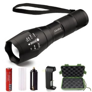 Akaho 900 Lumen XML T6 LED Tactical Flashlight