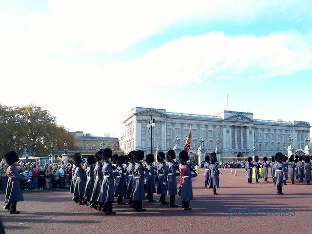 Cambio de guardia en el Palacio de Buckingham
