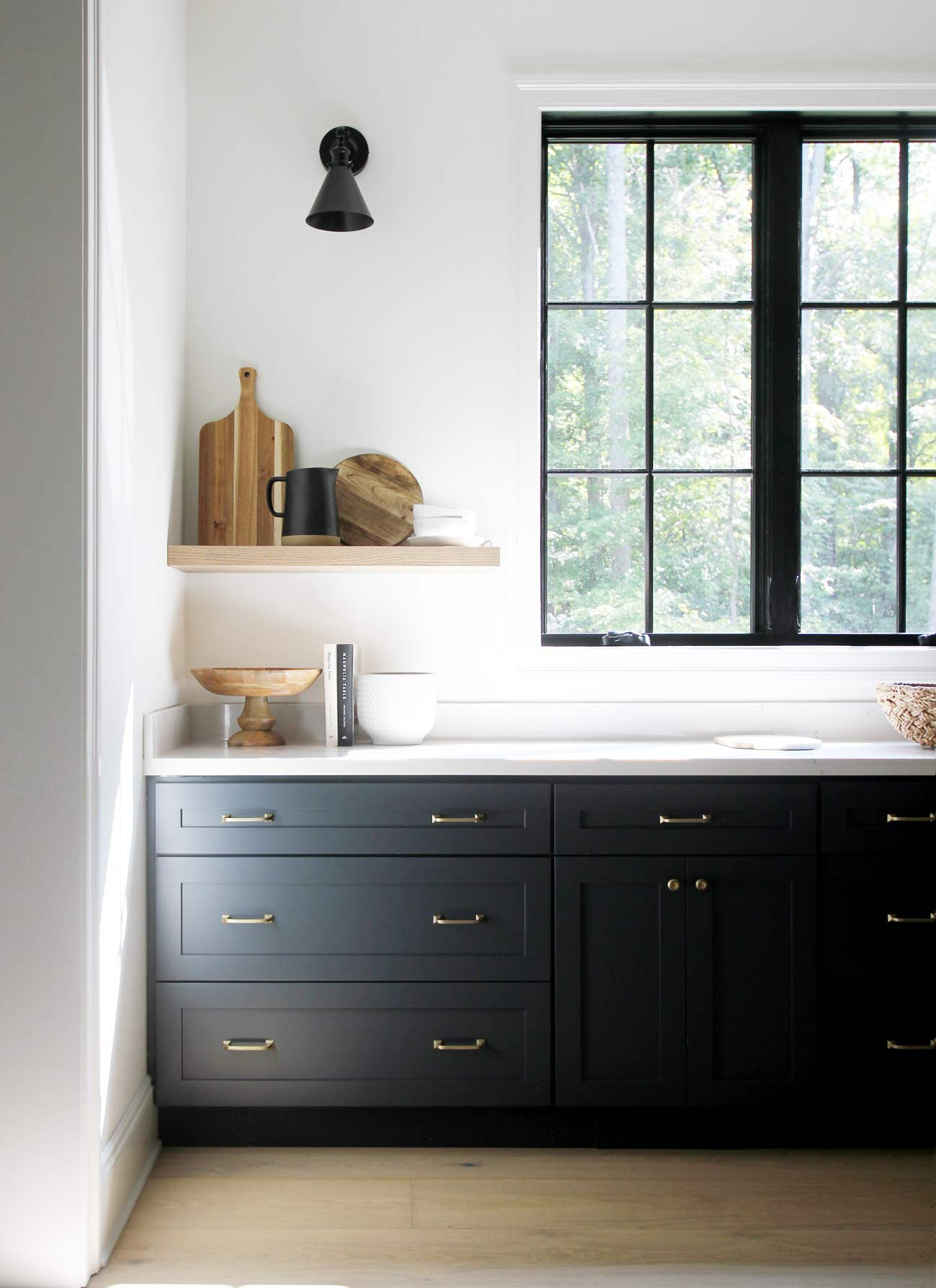kitchen cabinet hardware plank and pillow