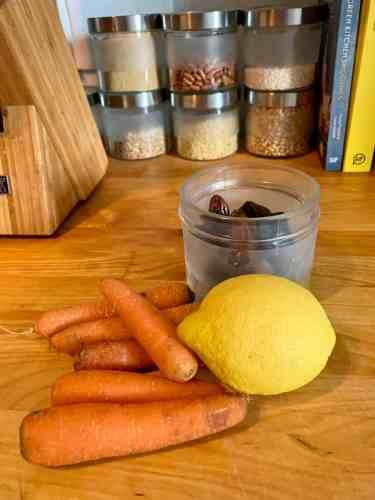 planningmathilda, Fruchtleder, Fruchtpapier, Obst,Gemüse, Backblech, Ofen, Karotten, Datteln, gesunde Süßigkeiten selbermachen