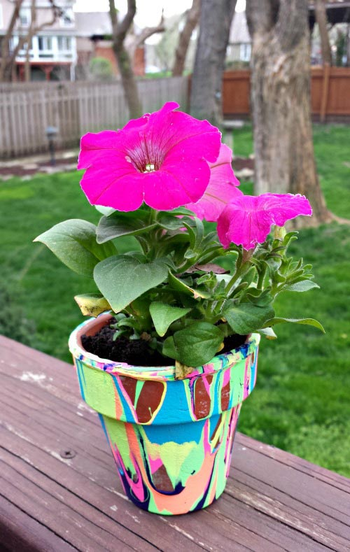 Painted Flower Pot Mother's Day gift kids can make
