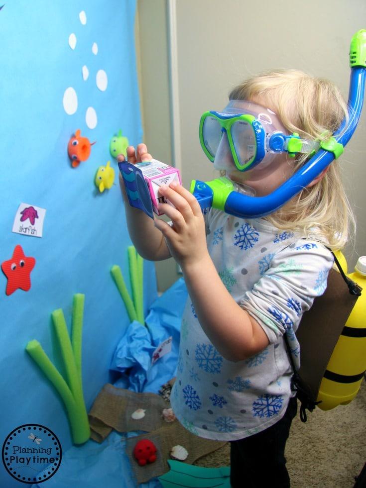 Preschool Ocean Theme Dramatic Play Centers - Fun Pretend Play for kids #preschool #dramaticplay #underthesea #oceantheme