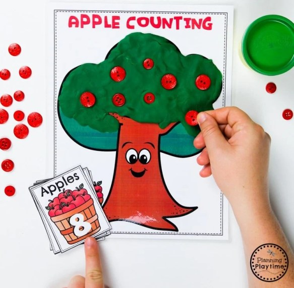 Apple Tree Counting Game for Preschool #preschool #preschoolworksheets #appletheme #appleworksheets #planningplaytime