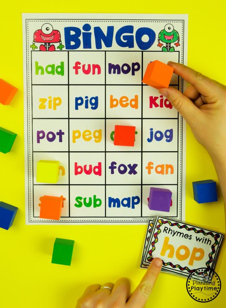 Rhyming Words Activities - Rhyming Words Bingo #planningplaytime #rhymingwords #kindergartenworksheets #rhymingworksheets #literacyworksheets