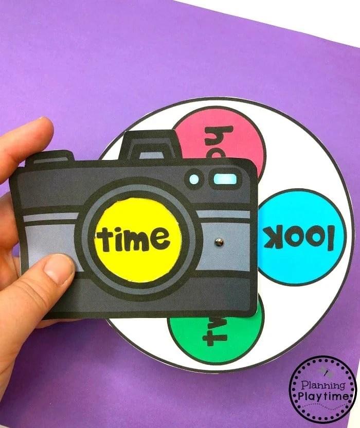 Sight Words Activities - Spin and Read Camera #sightwords #kindergartenworksheets #sightwordsworksheets #planningplaytime