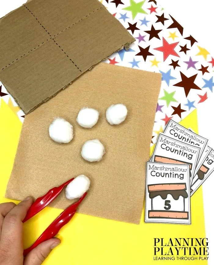 Counting Activities for Preschool Camping Theme - Smores Counting #preschoolactivities #preschoolprintables #campingtheme #planningplaytime
