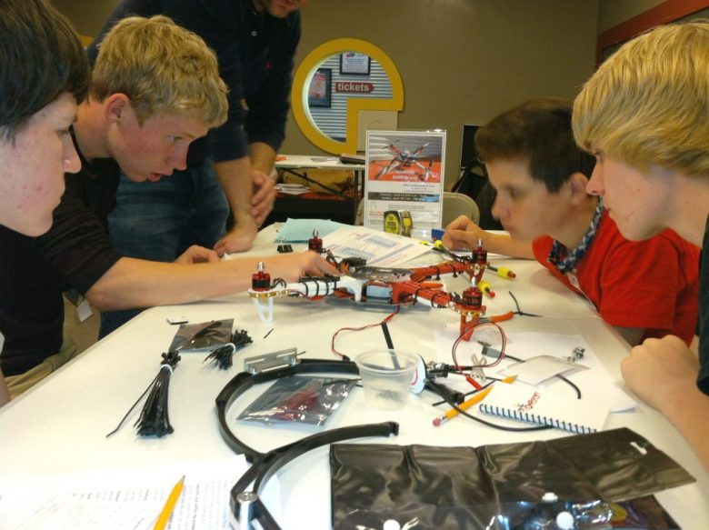sci-tech-discovery-frisco--robots-makerspace-crop