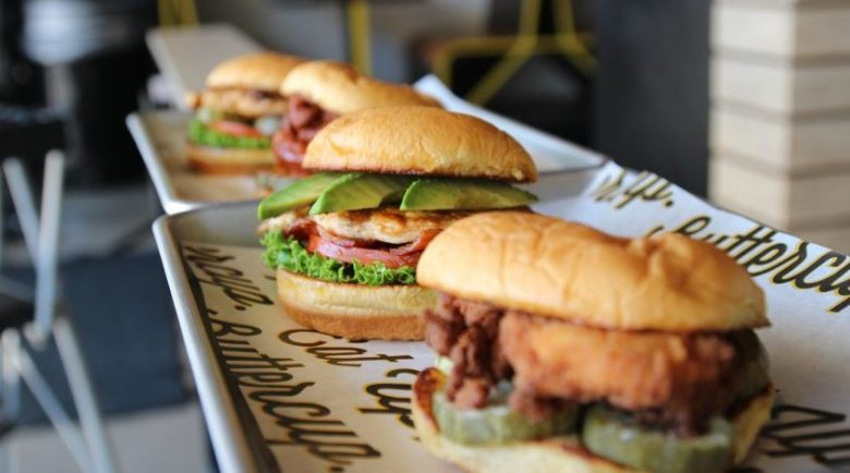 chicken-bacon-ranch-and-avocado-super-chix