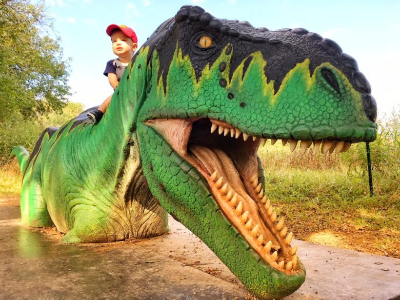 Photo-opp T-Rex at Dinosaurs Live! at the Heard Natural Science Museum & Sanctuary, McKinney, Texas