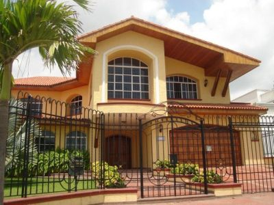 fachadas+de+casas+de+dos+pisos_1787