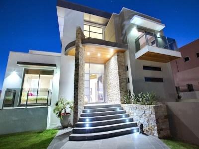 Frentes de casas modernas (9)