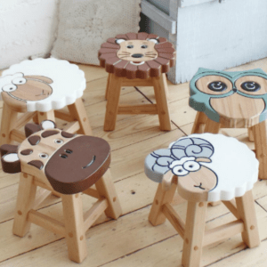 5 stools sheep...
