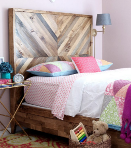 <img source = 'pic.gif' alt='Queen bed from reclaimed timber/>