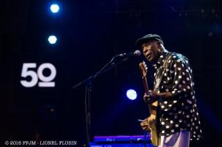 JUILLET   Montreux Jazz fête son 50e anniversaire. Parmi les artistes, des amis et habitués, comme ici le bluesman Buddy Guy ou le trio ZZ Top. Photo: © 2016 FFJM Lionel Flusin. LIRE L'ARTICLE: https://planscultes.ch/2016/07/05/jaimerais-que-ce-festival-sappelle-le-claude-nobs-montreux-blues-festival/