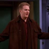 Quatre épisodes pour Michael Rapaport, en tant que policier petit ami de Phoebe dans la saison 5.