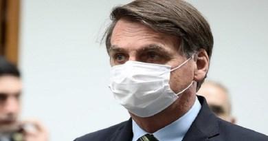 Bolsonaro volta a defender queda da obrigatoriedade de máscaras contra a covid-19