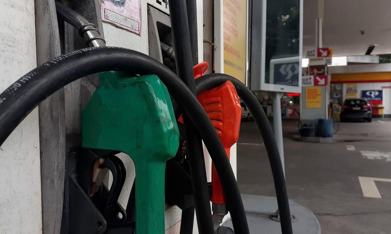 Combustíveis estão mais baratos nas refinarias a partir de hoje