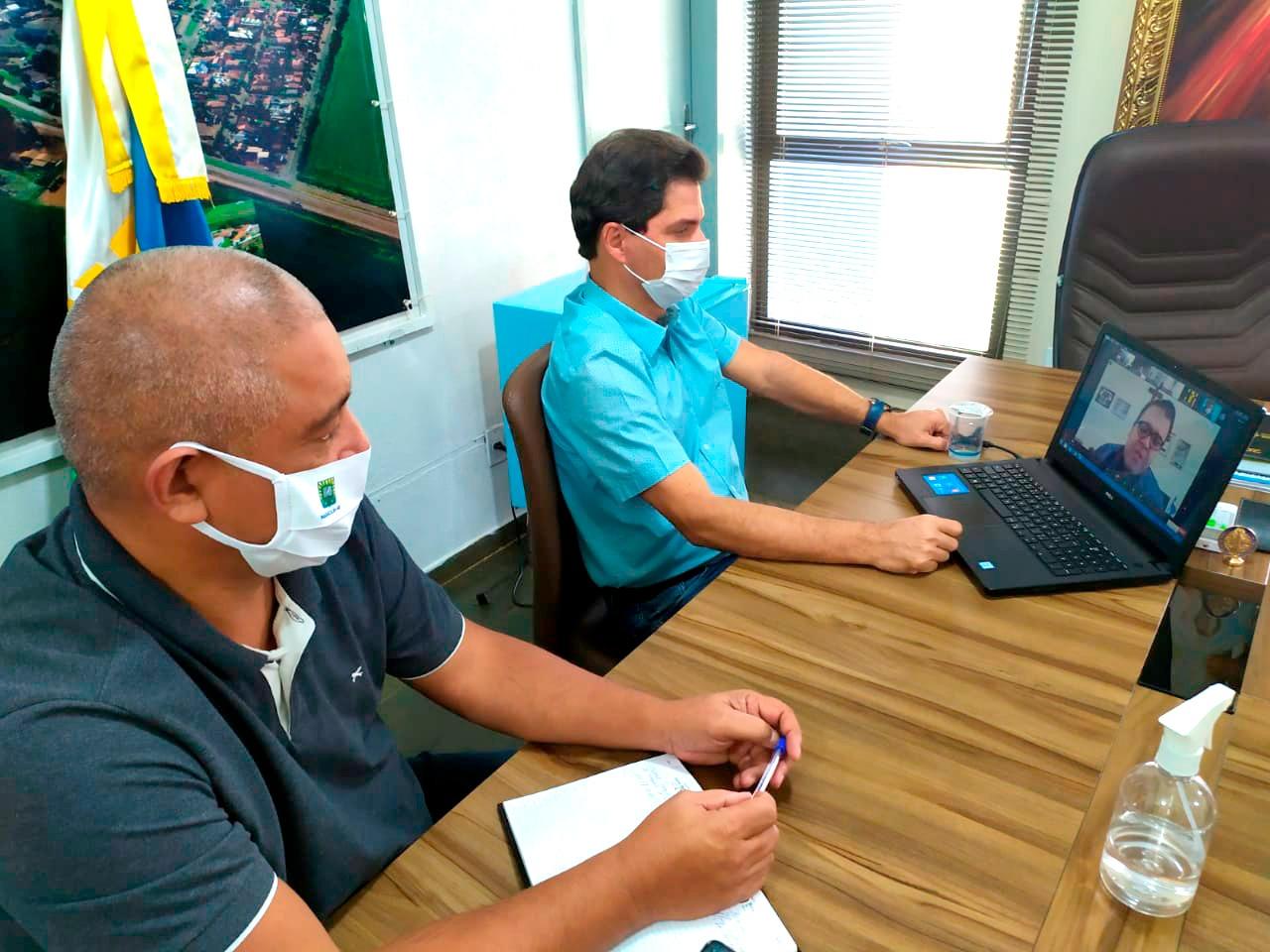 Prefeito e Secretário de Fazenda reúnem-se com prefeitos e secretários de todo o estado em reunião virtual da ASSOMASUL