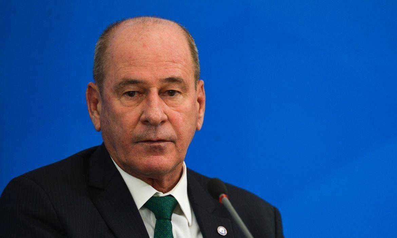 Ministro da Defesa, Fernando Azevedo e Silva pede demissão