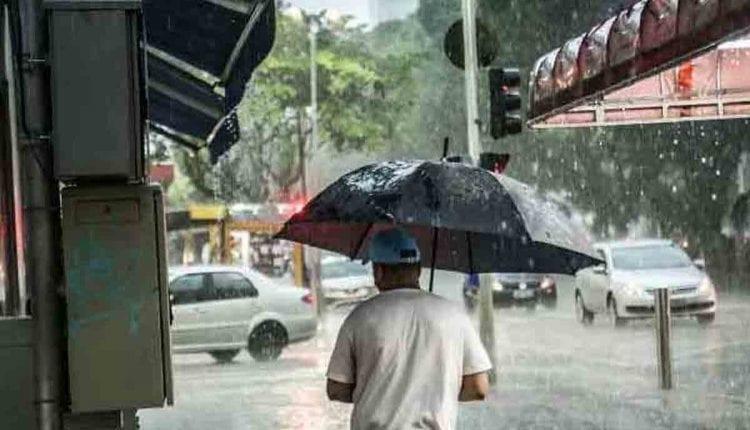 Duas cidades de MS registram mais de 100mm de chuva em 24h e região entra em alerta 'vermelho