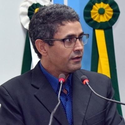 Vereador Nego do Povo solicita a GEMUTRAN estudo completo das necessidades do trânsito em Maracaju