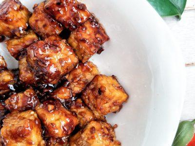 Tempeh stir-fry with honey garlic sauce in a bowl