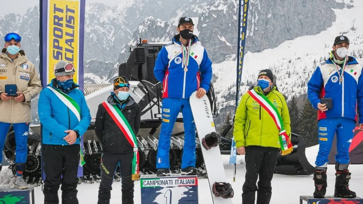 Vegan athlete Tommaso Leoni snowboards to victory in a leading Italian competition, and credits his vegan diet for improved physical performance
