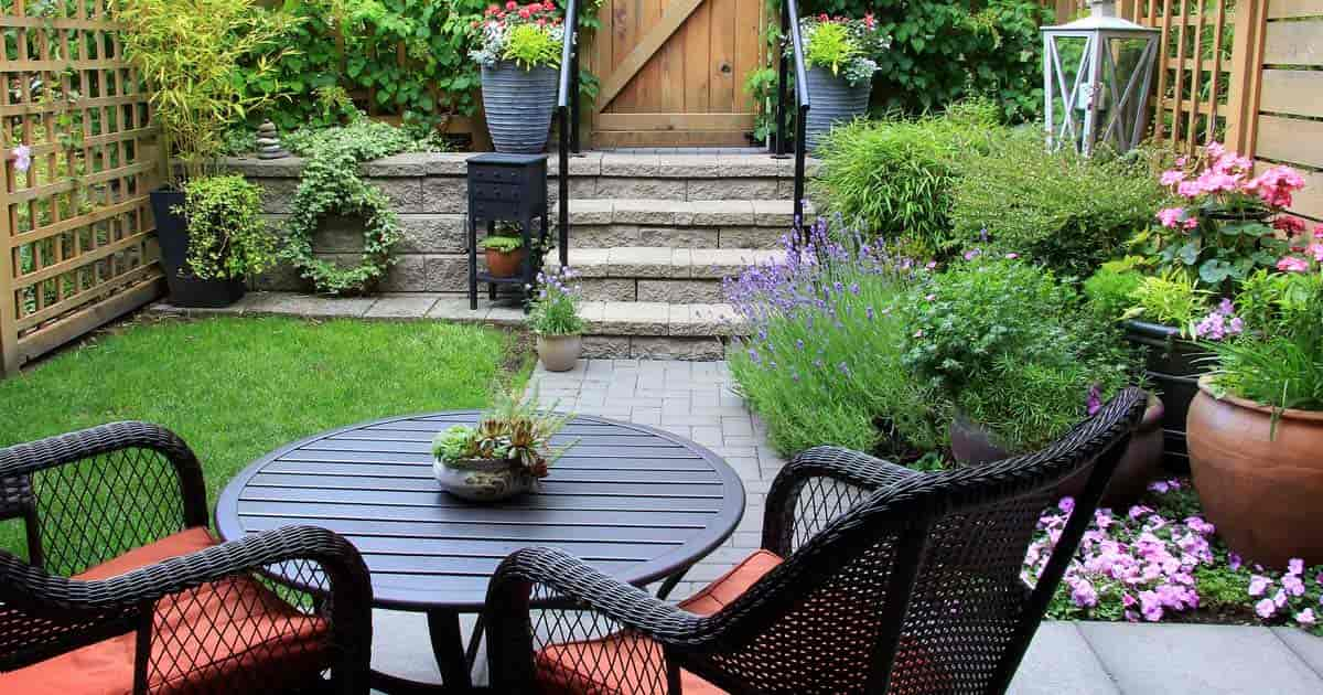 How To Succeed With Challenging Small Backyard Landscape ... on Backyard Yard Design  id=88835