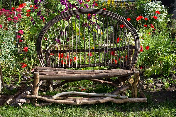 communitygardenbench