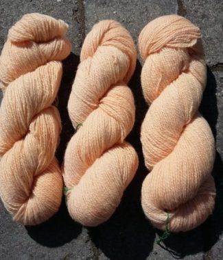 plantefarvet norsk uld