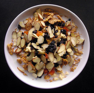 high fiber cereal breakfast reduces diabetes risk