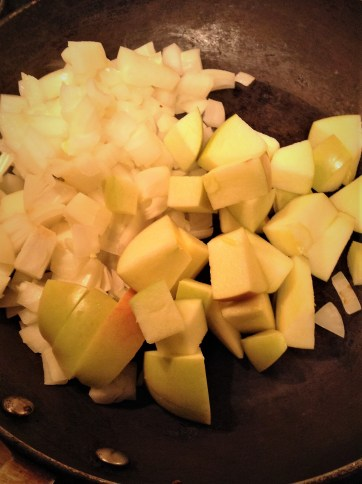 Apples and sweet onion provide natural sweetness to this healthy, plant-based recipe